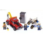 Lego - City -  60137 City Police Tow Truck Trouble