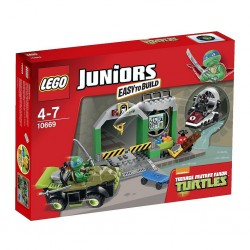 LEGO  - uniors Turtle Lair 10669 Building Set in sale 3 lef